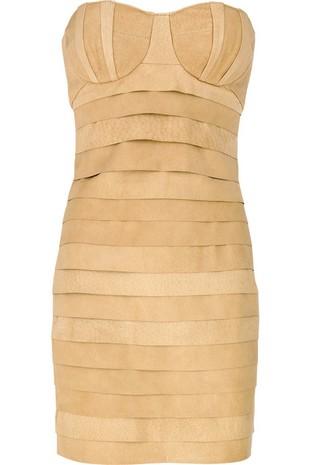 Całkiem ładna sukienka w beżowym kolorze