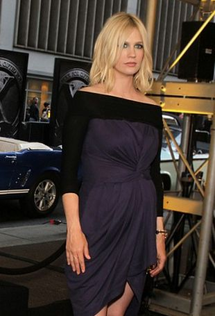 January Jones w sukience Preen (FOTO)