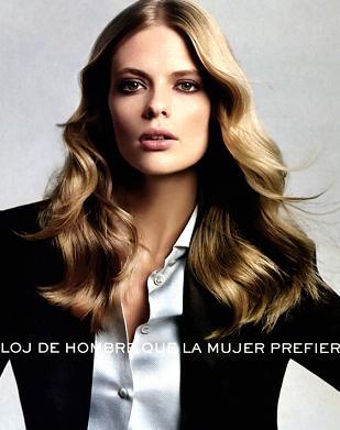 Piękna Julia Stegner reklamuje zegarki Rolex