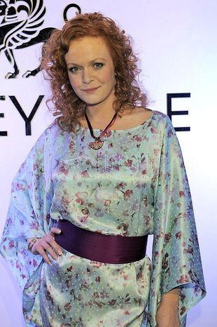 Daria Widawska w wiosennej tunice