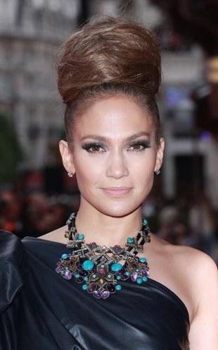 Jennifer Lopez w kreacji od Lanvin