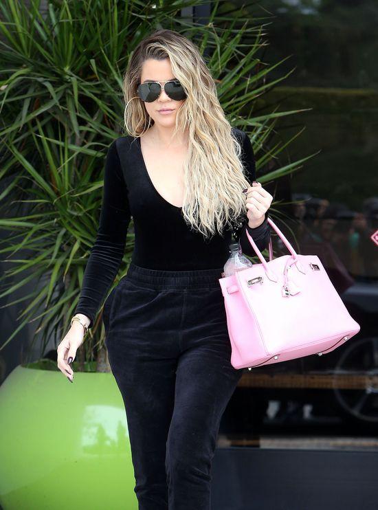 OMG! Khloe Kardashian znika w oczach! Nie poznacie jej na nowych zdjęciach