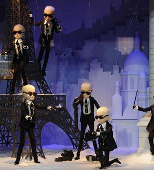 Karl Lagerfeld ozdobił świąteczną wystawę