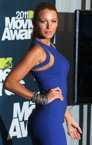 Blake Lively w sukience Michaela Korsa (FOTO)