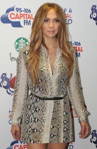 Jennifer Lopez od stóp do głów w wężowej skórce (FOTO)