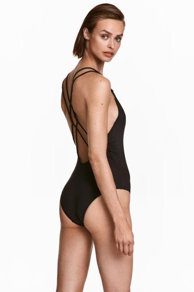 H&M Daj nura - Kolekcja modnych strojów kąpielowych na lato 2017