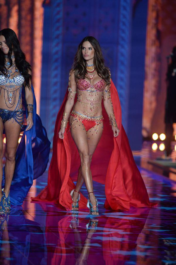 Znamy PEŁNĄ listę modelek z pokazu Victoria's Secret