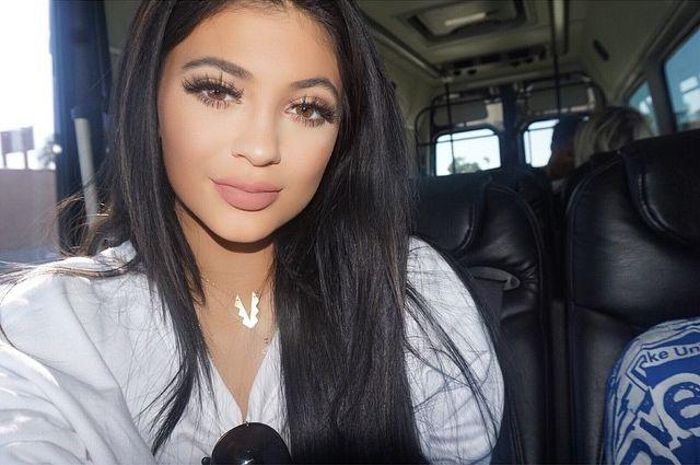 Tymczasem Na Instagramie Kylie Jenner Zdjęcie 22 Zeberkapl