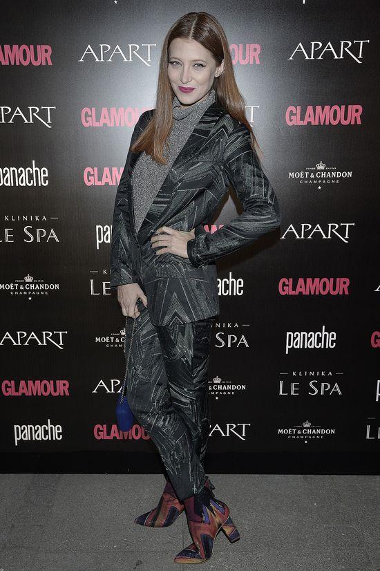 Ada Fijał ponownie stawia na H&M, tym razem w szarościach