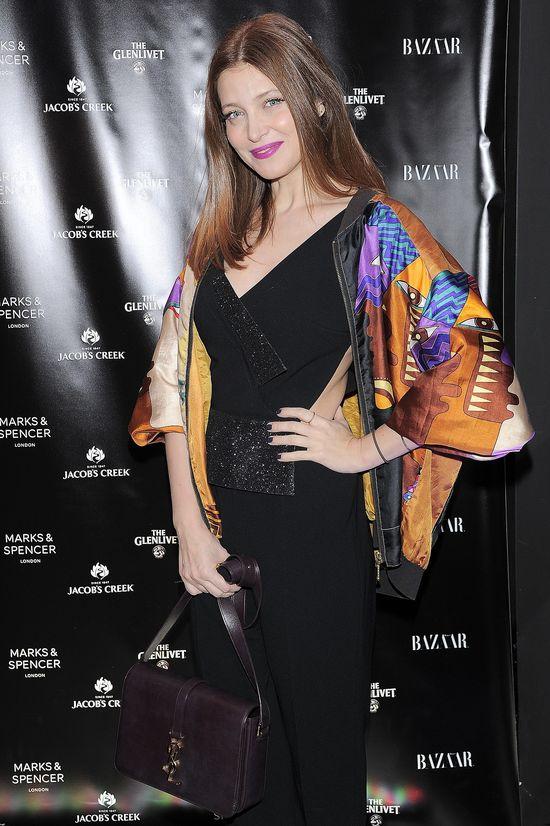 Ada Fijał trafiła idealnie stylizacją na Harper's Bazaar