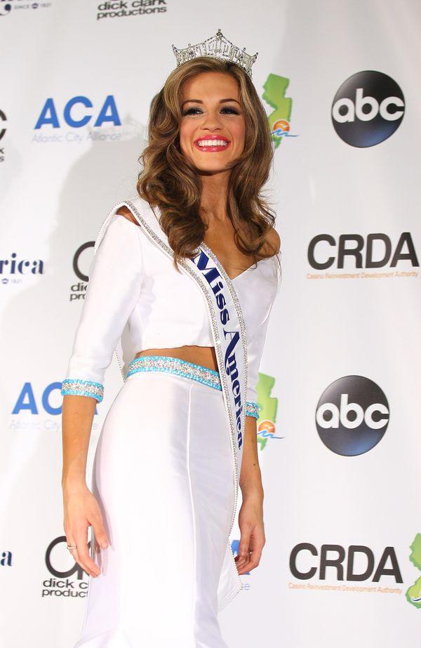 Poznajcie Betty Cantrell, nową Miss America 2016 (FOTO)