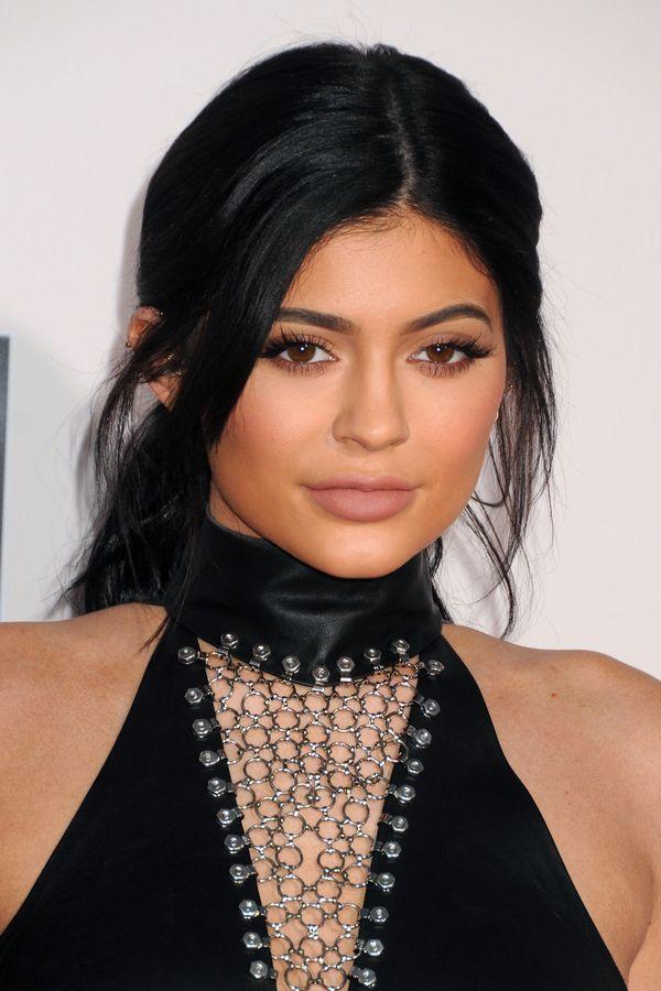 Kylie Jenner jest w ciąży, a najnowsze zdjęcia są ostatecznym dowodem! (FOTO)