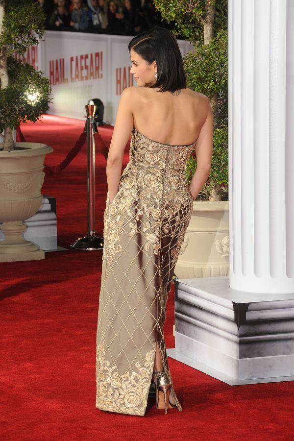 Jenna Dewan zachwyca w złotej sukni (FOTO)