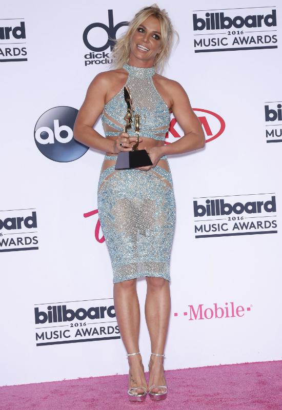 Britney Spears bez makijażu- chcę aby świat zobaczył prawdziwą niewytworną mnie