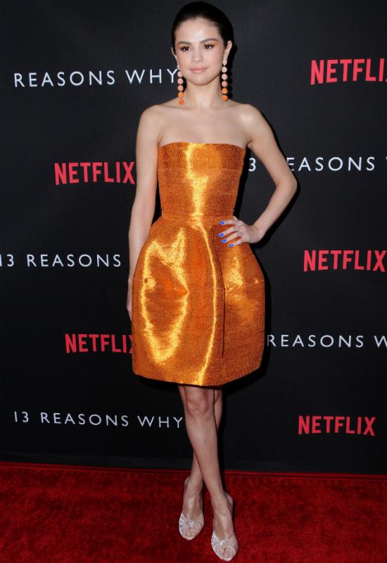 Fast food sposobem Seleny Gomez na piękną sylwetkę? Jak ona to robi?!