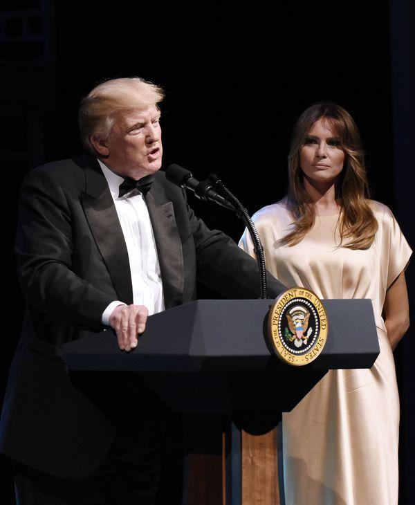 Melania Trump zachwyca w sukience za... 15 tysięcy złotych. Lub więcej! (FOTO)