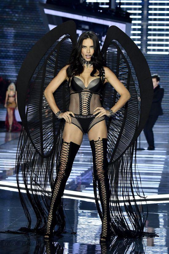 OMG! To ostatni pokaz Victoria's Secret Alessandry Ambrosio i Adriany Limy!