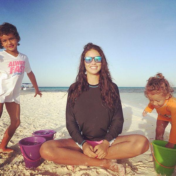 Adriana Lima pokazała śliczne córeczki (VIDEO)