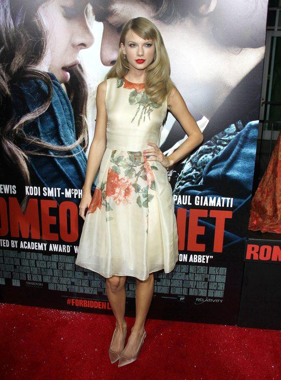 Taylor Swift na czerwonych dywanach