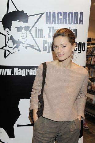 Agnieszka Grochowska w męskim stylu