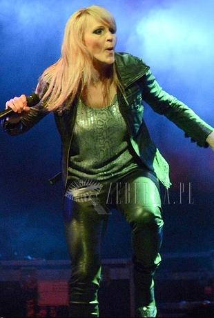 Agnieszka Chylińska zagustowała w blondzie (FOTO)