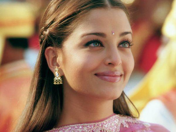 Fani do Kylie Jenner: Wyglądasz jak Aishwarya Rai!
