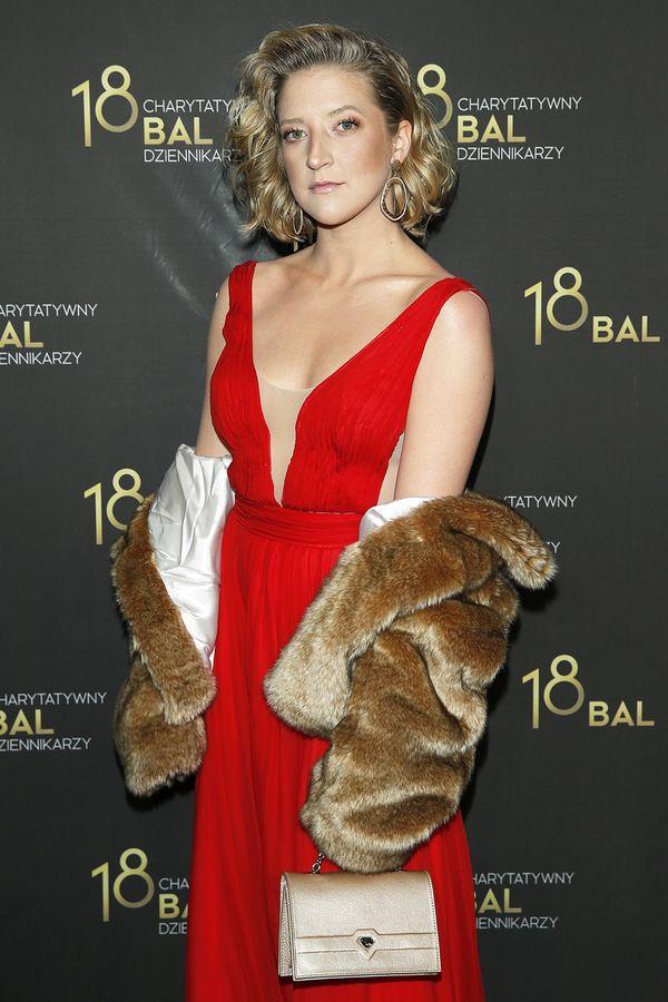 Lara Gessler już tak nie wygląda! Na balu zaprezentowała nowy kolor włosów!
