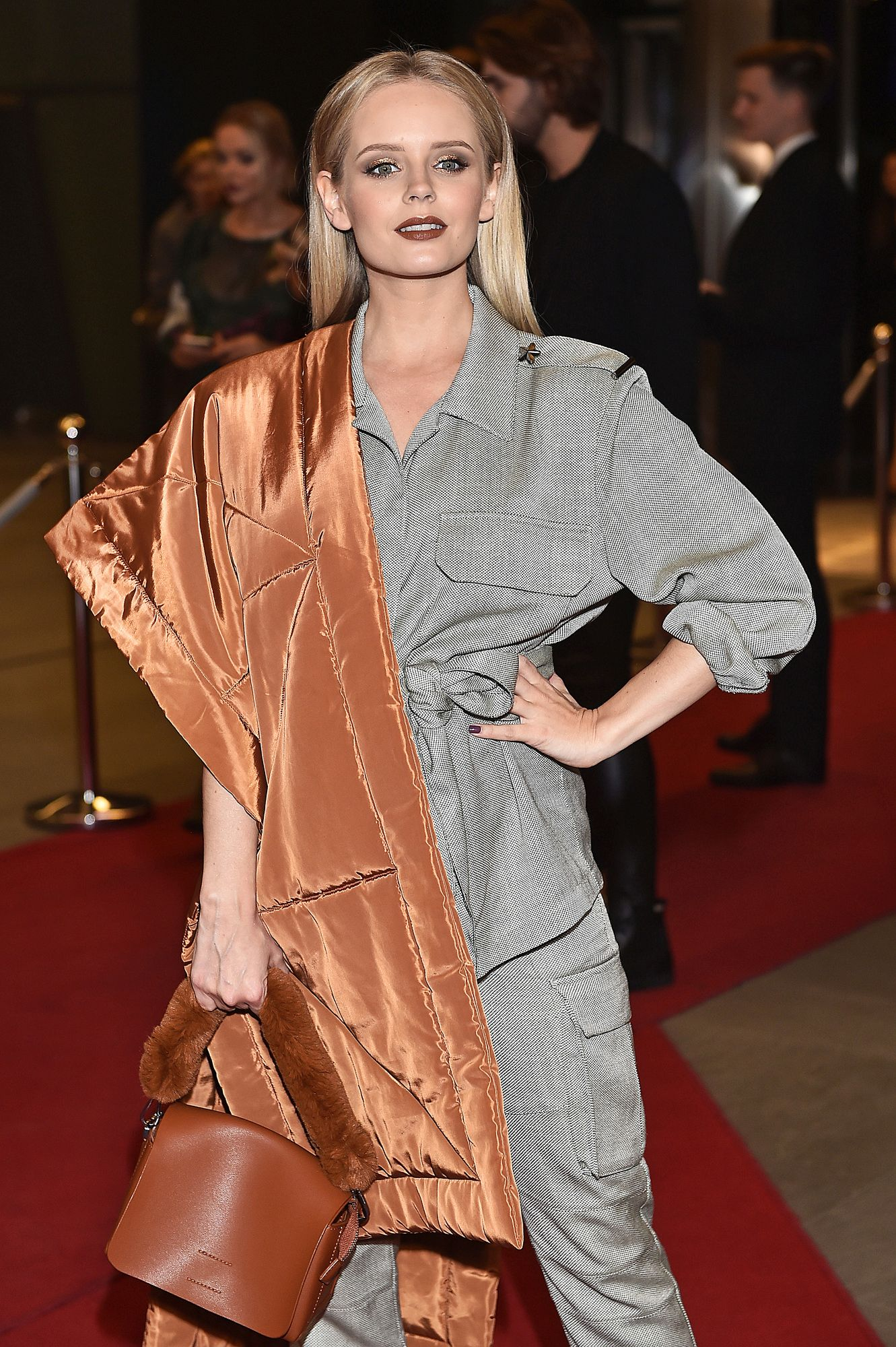 Olga Kalicka w najmodniejszym kolorze szminki.To odcień idealny dla blondynek!