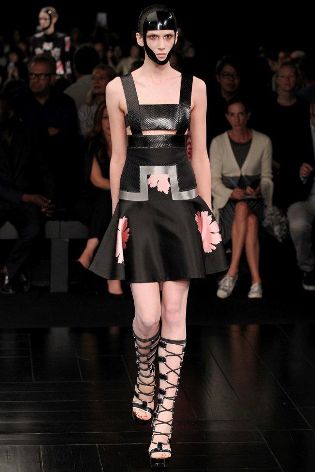 Inspirowana Japonią kolekcja domu mody Alexander McQueen
