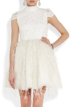 AnnaSophia Robb w sukience Alice + Olivia