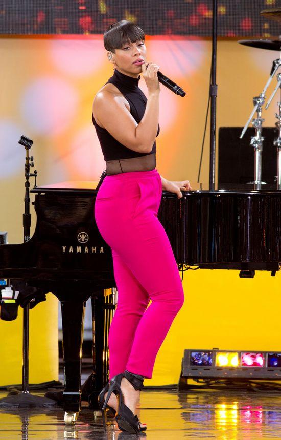 Alicia Keys ścięła włosy (FOTO)