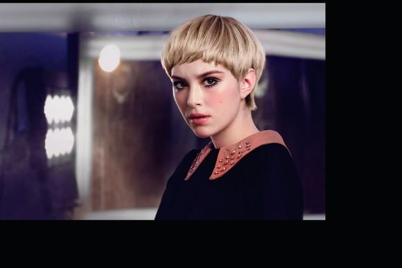 Koloryzacja w stylu retro od L`Oréal