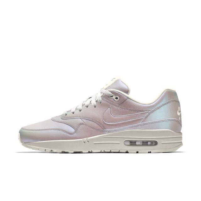 Nike zaprojektowało... buty w stylu jednorożców! (FOTO)