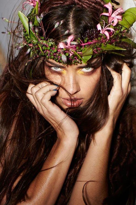 Adriana Lima w kampanii napojów Amazon (FOTO+VIDEO)