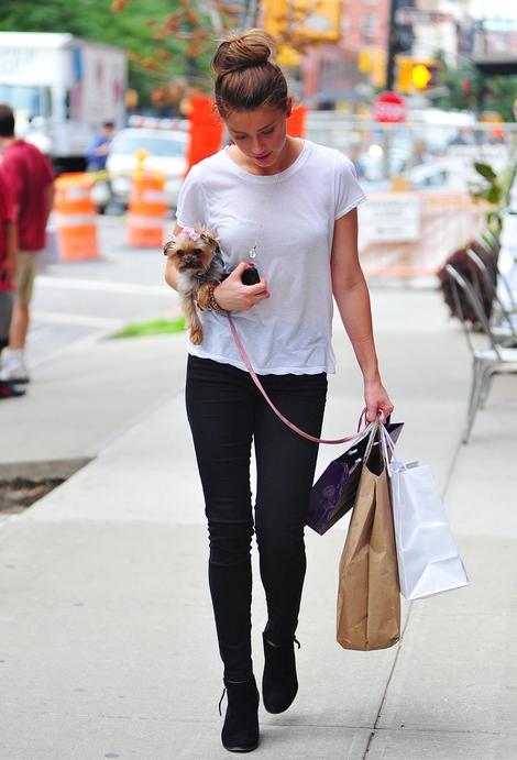 Amber Heard już znudziły się blond włosy (FOTO)
