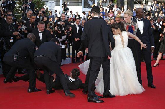Skandal na Festiwalu Filmowym w Cannes! (VIDEO)
