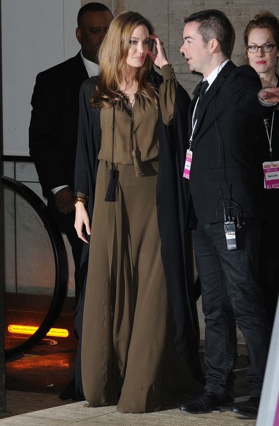 Angelina Jolie w Saint Laurent (FOTO)