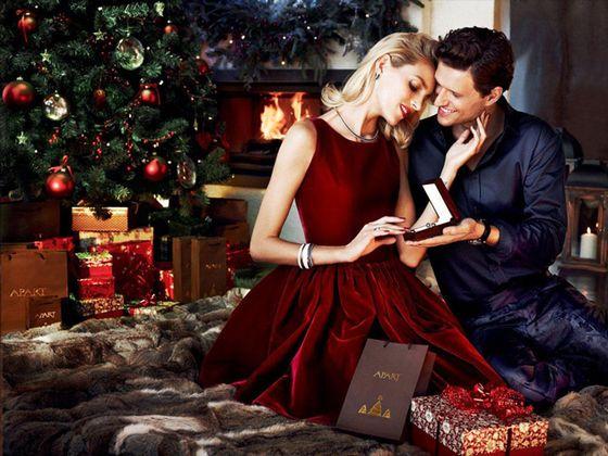 Anja Rubik z mężem w świątecznej kampanii marki Apart