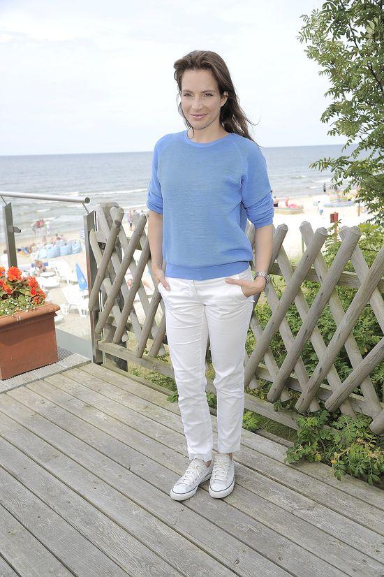 Anna Dereszowska bez makijażu w Międzyzdrojach! (FOTO)