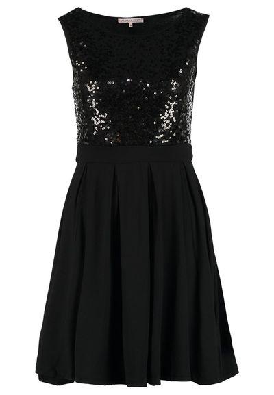 Mała Czarna Sukienka - Przegląd wieczorowych propozycji