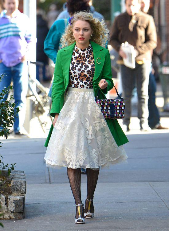 AnnaSophia Robb w kolorowej stylizacji (FOTO)