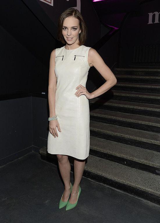 Anna Wendzikowska w białej sukience (KAP)