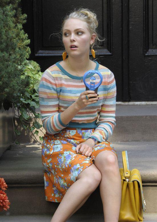 Kolejna stylizacja młodej Carrie Bradshaw (FOTO