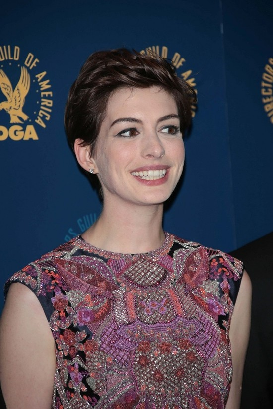 Anne Hathaway w Valentino Couture (FOTO)