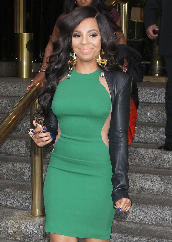 Ashanti w sukience Stelli McCartney (FOTO)