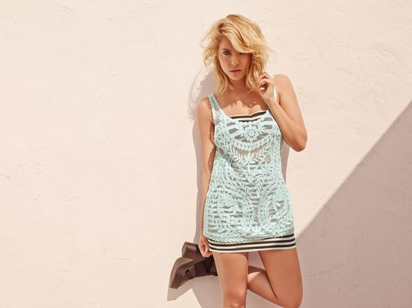 Ashley Benson dla H&M Divided (FOTO)