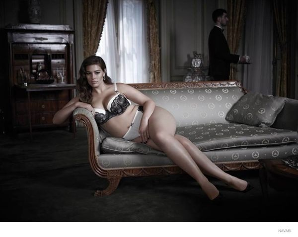 26-lenia modelka plus size zachwyca w kampanii bielizny