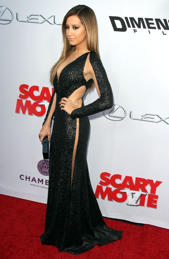 Ashley Tisdale w sukni Marii Lucii Hohan (FOTO)