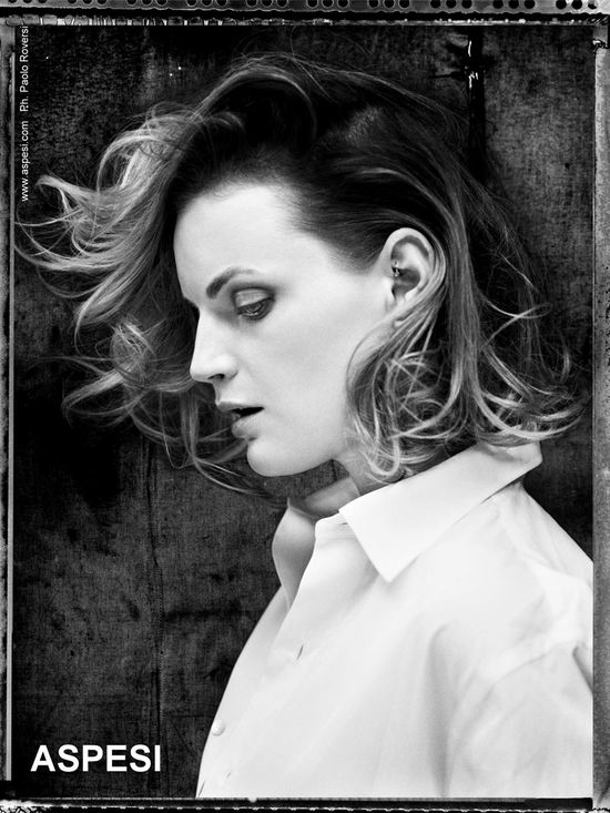 Plejada modelek w wiosennej kampanii Aspesi (FOTO)