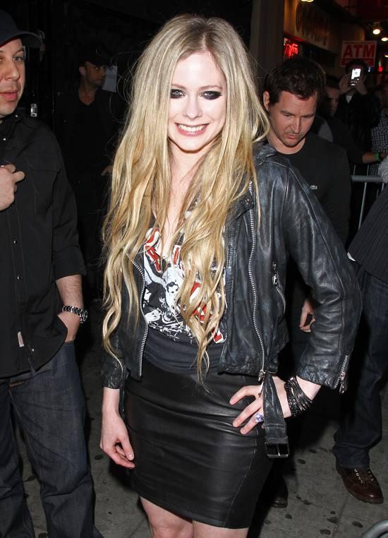Avril Lavigne wierna swojemu stylowi (FOTO)